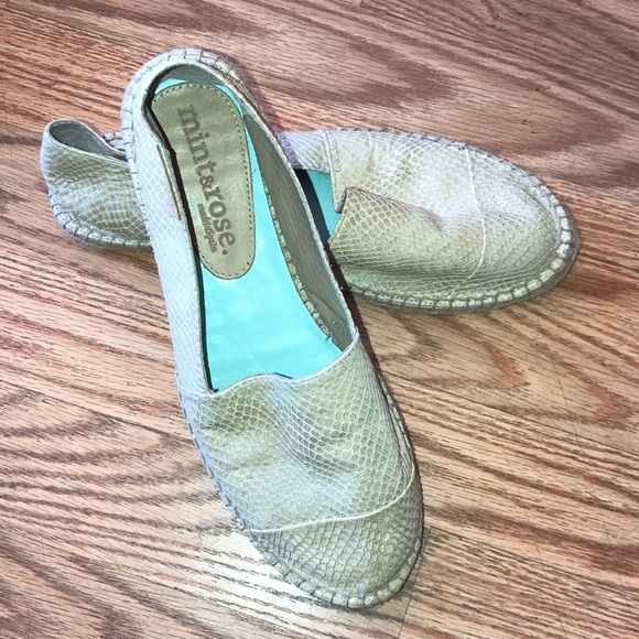 a514264826e Anthropologie Shoes - EC- Mint   Rose Espadrilles Flats